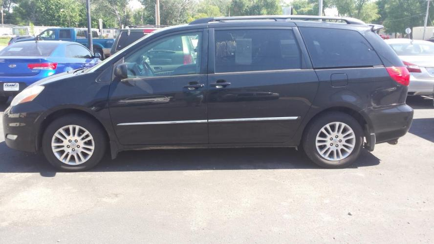 2008 Toyota Sienna (5TDZK22C38S) with an 3.5L V6 EFI DOHC 24V engine, 5-Speed Automatic Overdrive transmission, located at 2015 Cambell Street, Rapid City, SD, 57701, (605) 342-8326, 44.066433, -103.191772 - Photo #0