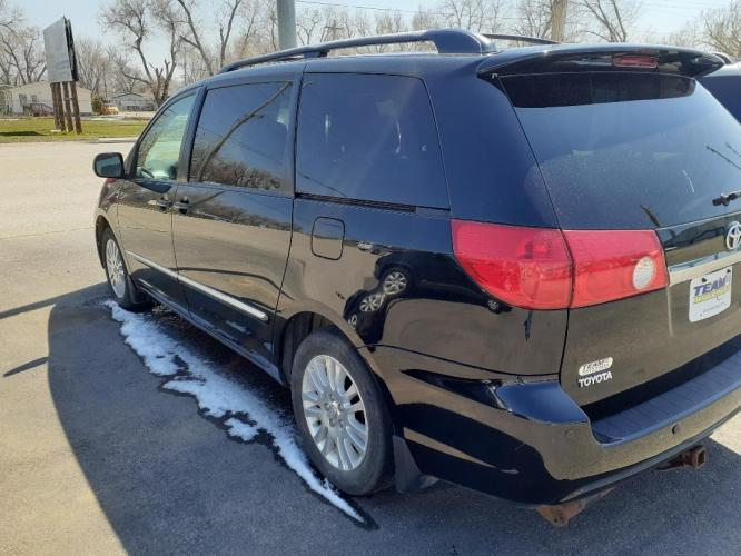 2008 Toyota Sienna (5TDZK22C38S) with an 3.5L V6 EFI DOHC 24V engine, 5-Speed Automatic Overdrive transmission, located at 2015 Cambell Street, Rapid City, SD, 57701, (605) 342-8326, 44.066433, -103.191772 - Photo #2