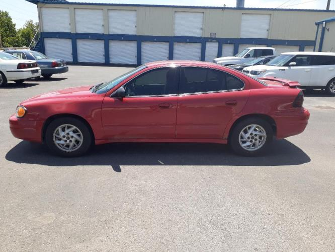 2003 Pontiac Grand AM SE1 sedan (1G2NF52E03C) with an 3.4L V6 OHV 12V engine, located at 2015 Cambell Street, Rapid City, SD, 57701, (605) 342-8326, 44.066433, -103.191772 - Photo #0